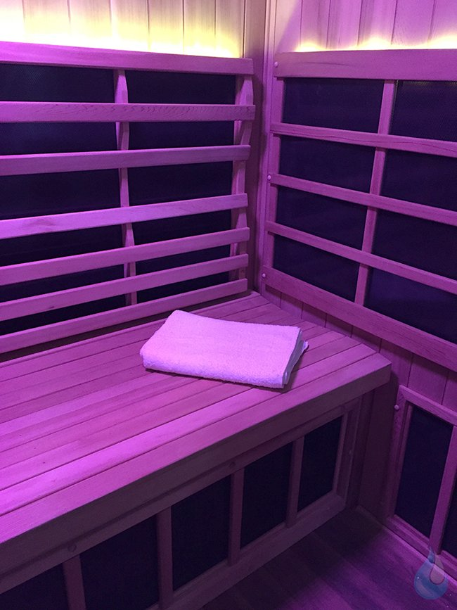Purify Sauna Lounge Chromotherapy
